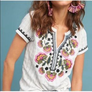 Anthropologie Akemi Kin Dandelion embroidered tee